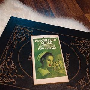 🦋2/$10 3/$15 4/$18 5/$20 Vintage 1967 Book
